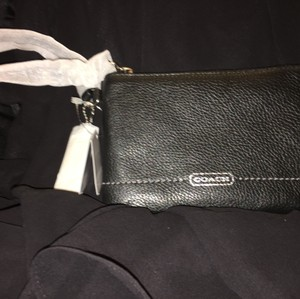 Coach Park Leather Small Nwt Wristlet in Black