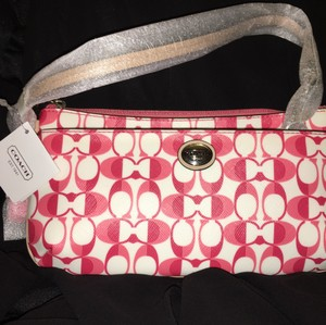 Coach Peyton Large Pink Wristlet in White Pomegranate