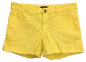 H&M Shorts Yellow