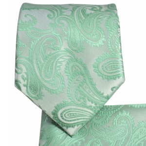 Brand Q New Men's Pastel Mint Green Paisley Design Self Tie Necktie And Handkerchief Set
