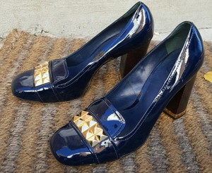 Tory Burch Patent Leather Gold navy Pumps