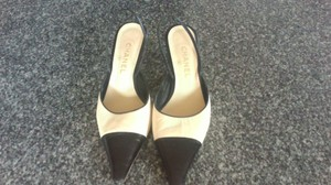 Chanel Sexy Classic Comfy Heel creme/black Pumps