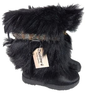 Bearpaw Goat Hair Pull On Feather Band black Boots