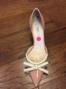 Prada light pink Pumps