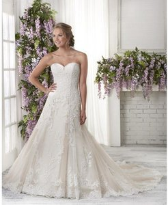 Bonny Bridal 604 Wedding Dress