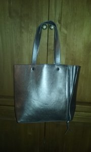 Neiman Marcus Tote in beige/ pewter