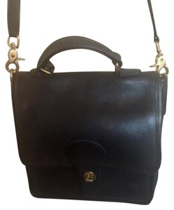 Coach Willis Vintage Cross Body Bag
