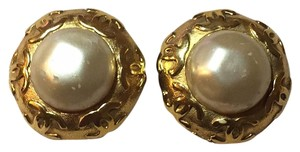 Chanel Jumbo Haute Couture Gilt Baroque Runway Clip On Earrings