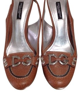 Dolce&Gabbana Dolce And Gabbana Dg D&g Tan Pumps