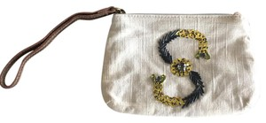 Miss Albright Wristlet in Ivory