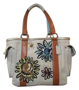 Coach Tote in Ivory Multi Color