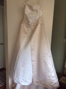 Michelangelo T8580 Wedding Dress