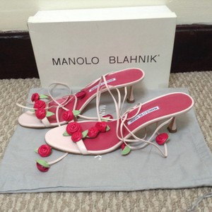 Manolo Blahnik Rose Light pink Sandals