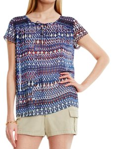 Vince Camuto Top blue print