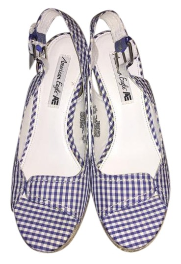 Preload https://item4.tradesy.com/images/blue-and-white-peep-toe-wedges-size-us-8-regular-m-b-20047173-0-1.jpg?width=440&height=440