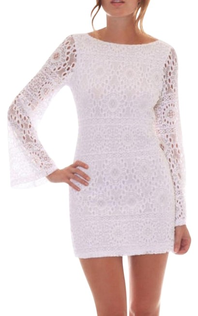 White bodycon dress with bell sleeves online brands marana