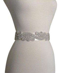 Bridal Sash, Bridal Belt, Beaded Belt Rhinestones Belt Crystal Belt