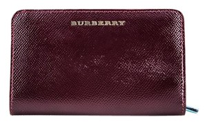 Burberry * Burberry London Patent Leather Cowley