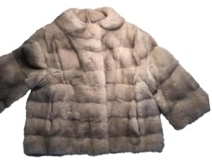 Italiy design but made in korea Fur Coat