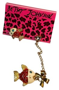 Betsey Johnson Betsey Johnson Fish Earrings Red Gold J3013