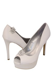 Pair Of Crystal Rhinestone Shoe Clip Ons - 1045