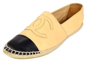 Chanel Espadrilles Leather nude Flats