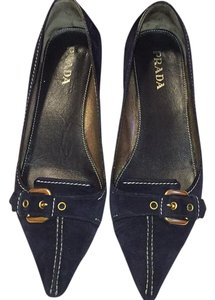 Prada Navy/ gold Pumps