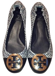 Tory Burch Navy and cream Flats