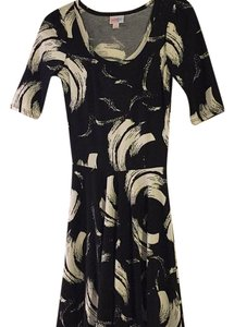 LuLaRoe short dress Black and white pattern on Tradesy