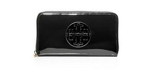 Tory Burch Tory Burch Stacked T Continental Jellybean Zip Clutch Wallet In Black 195
