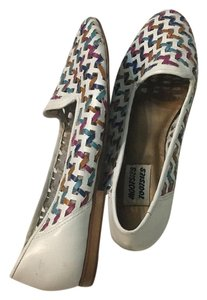 Mootsies Tootsies White and multicolor Flats