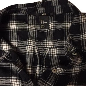 H&M Top Black and white plaid