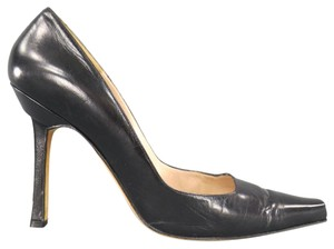 Manolo Blahnik Pointed Toe Stiletto Italian Leather Smooth Black Pumps