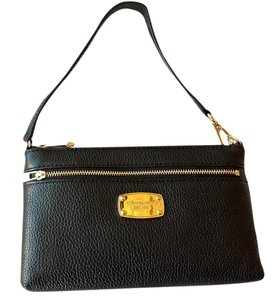 Michael Kors Jet Set Wristlet in Black