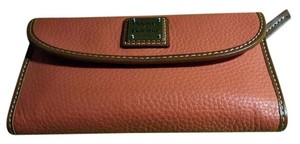 Dooney & Bourke Dooney & Bourke Ladies Pebbled Leather Wallet Persimmon nib!