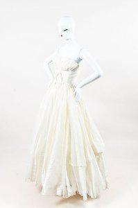 Carolina Herrera Cream Silk Striped Tulle Strapless Full Wedding Dress Gown