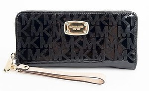 Michael Kors Michael Kors Black Monogram Mirror Signature Travel Wallet