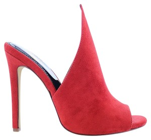 Liliana Red Pumps
