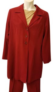 Monroe & Main Deep red 3/4 length jacket business suit.