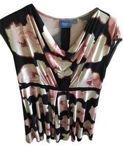 Simply Vera Vera Wang short dress Floral print with blue, white and pink on Tradesy