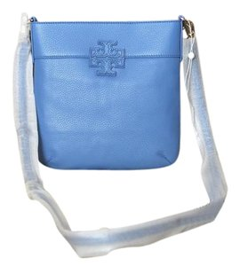 Tory Burch Leather Gold Hardware Swingpack Removable Strap Adjustable Strap Cross Body Bag