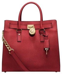 Michael Kors Leather Tote in Chili/gold