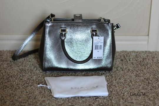 MICHAEL Michael Kors Leather Hardware Crossbody Removable Strap Satchel in Metallic Silver Image 9