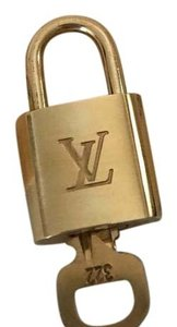 Louis Vuitton Lock and Key 322