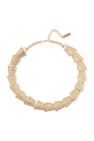 Preload https://img-static.tradesy.com/item/20056189/steve-madden-multi-triangle-textured-link-collar-gold-necklace-0-0-540-540.jpg