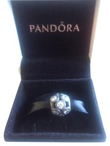 PANDORA Whimsical lights with clear cz