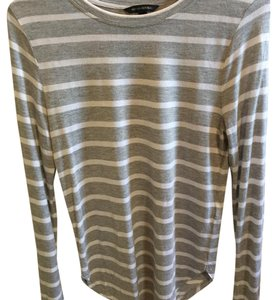 Banana Republic T Shirt Grey with white stripe.