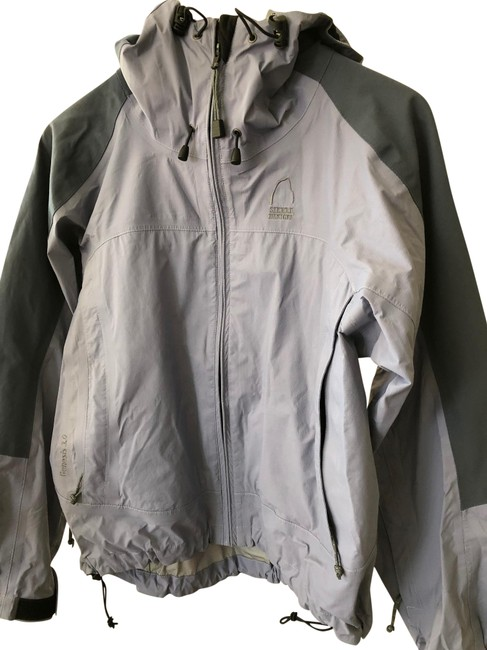 Item - Grey Goretex Activewear Size 4 (S)