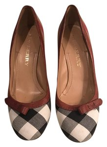 Burberry Ivory/Navy/Camel/Red Pumps