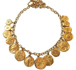 Chanel RARE VINTAGE CHANEL GOLD PLATED MEDALLION NECKLACE
